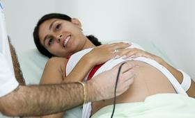 No Brasil, um em cada cinco bebês nascem de mães com menos de 19 anos de idade (Foto: UNFPA Brasil / Solange Souza)